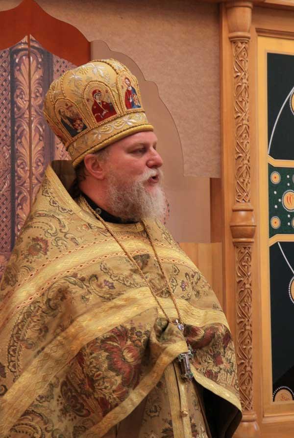 В.В. Бойко-Великий на торжественном молебне